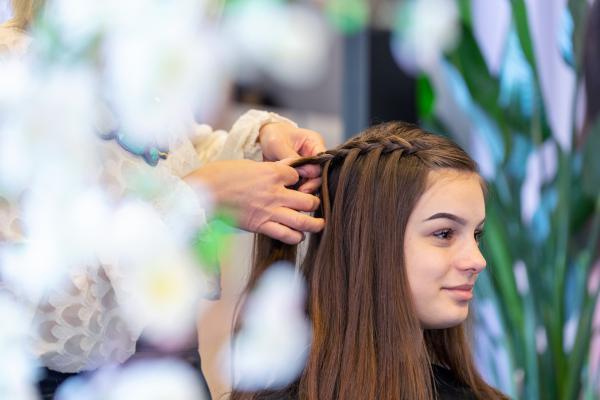 Jeanabelle Hair